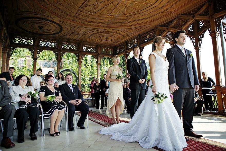 svatební obřad ve viničním altánu v Praze