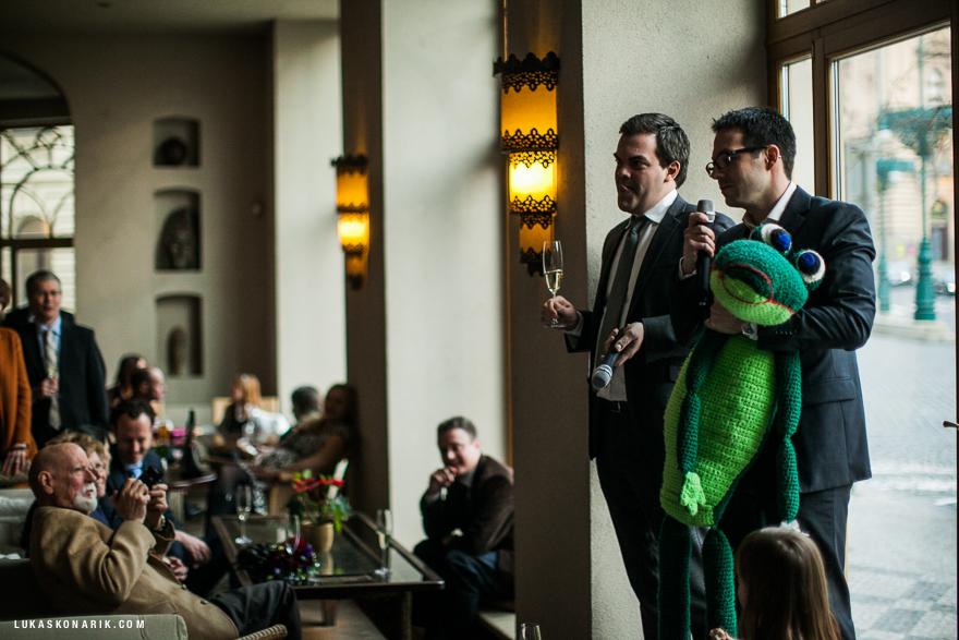 svatební řeč v Cafe Sahara