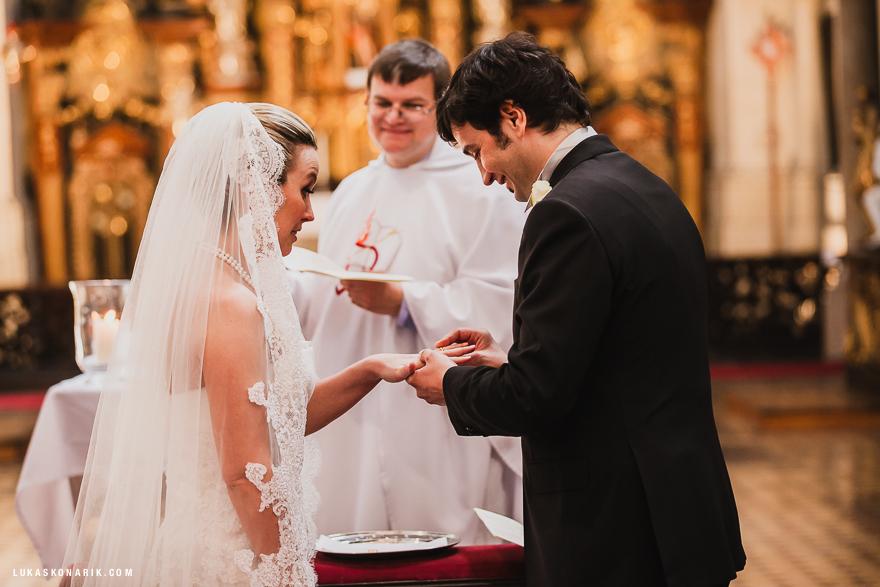 svatba v kostele sv. Tomáše