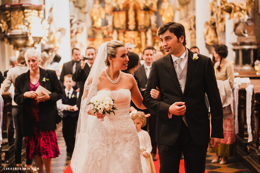 svatební obřad v kostele sv. Tomáše