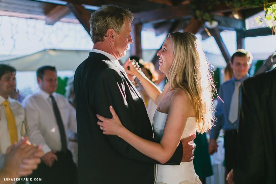 taneční zábava na svatbě