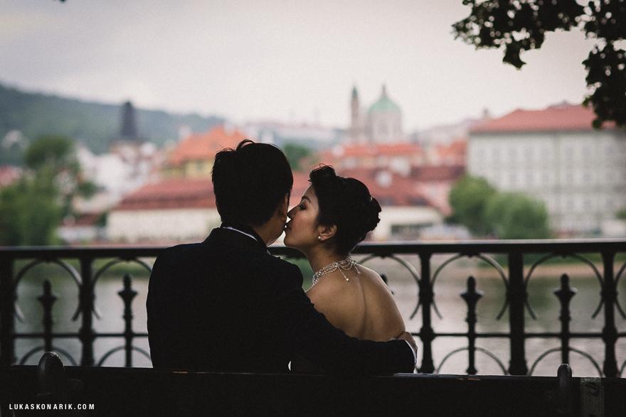 zamilovaný pár v Praze