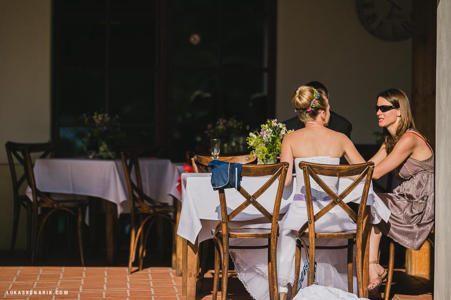 momenty ze svatební hostiny