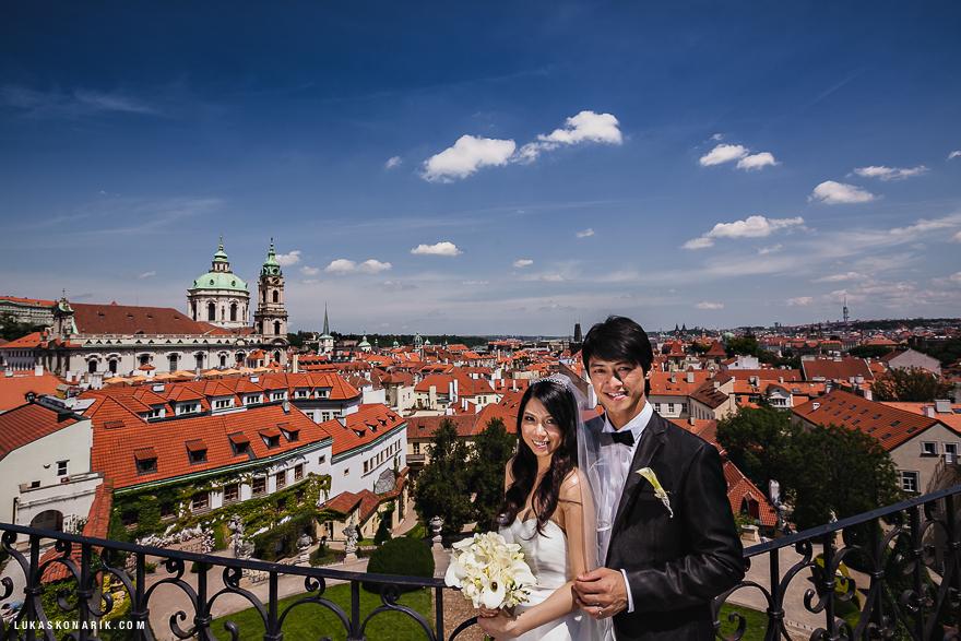 nejlepší svatební fotografie ve Vrtbovské zahradě