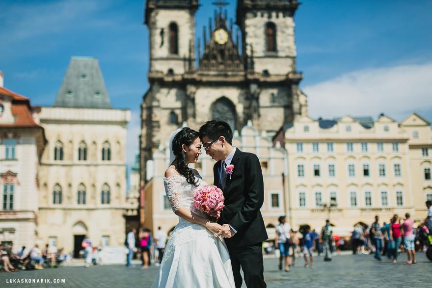 svatba v Praze na Staroměstském náměstí