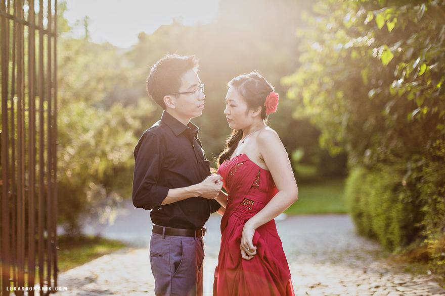 svatební fotogrfie novomanželů v Praze