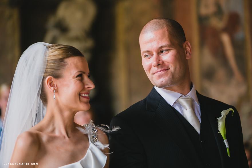 svatební obřad ve Vrtbovské zahradě v Praze