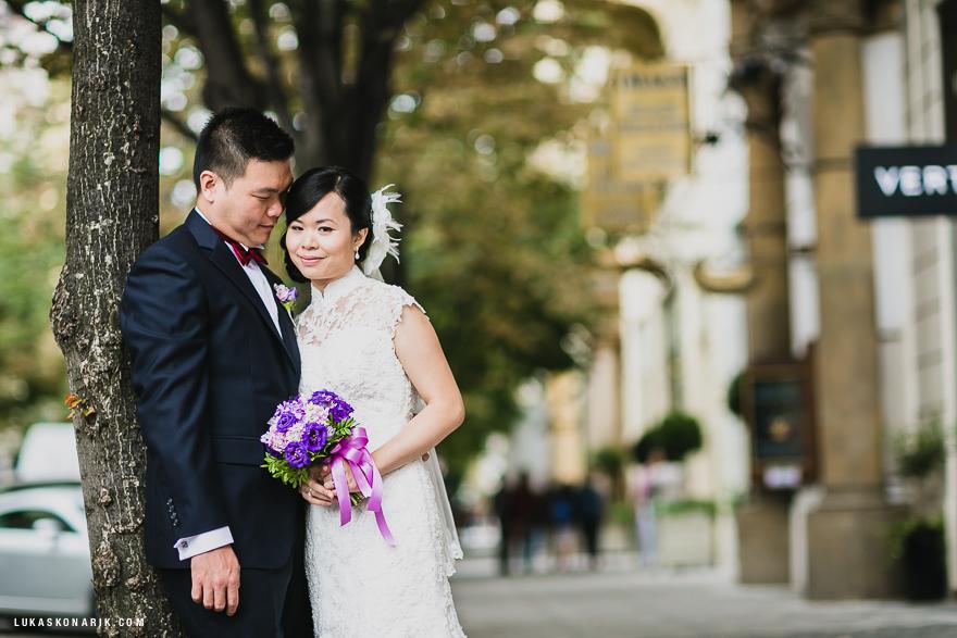 svatební fotografie v Praze v Pařížské ulici