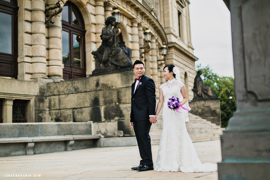 svatební fotografie u Rudolfina v Praze