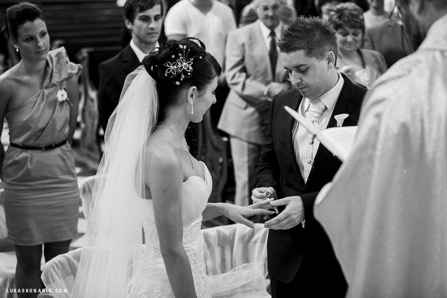 svatební fotografie obřadu