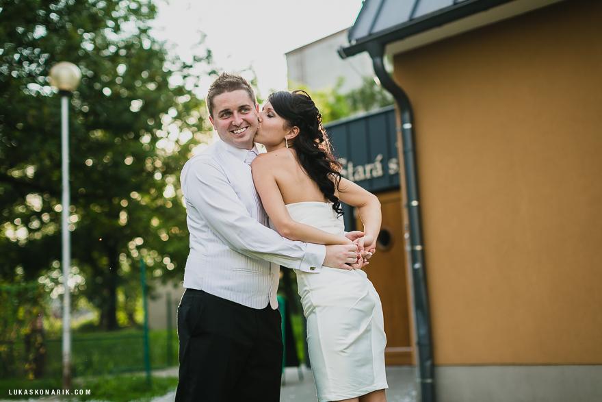 svatební fotografie v restauraci Stará Sladovna