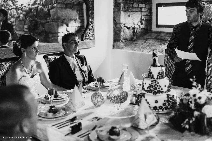 svatba na zámku Kozel - svatební hostina