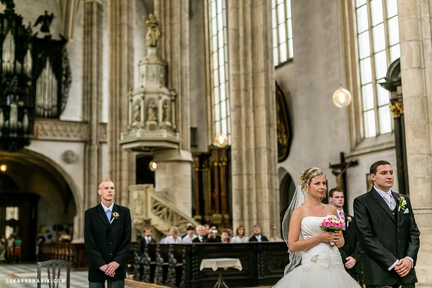 svatba v nádherném kostele sv. Jakuba v Brně