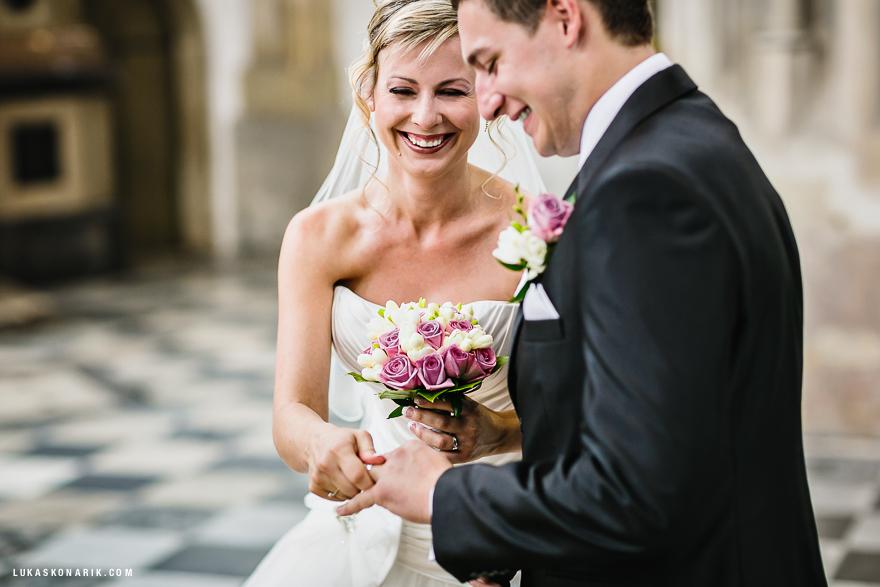fotografie svatby v kostele sv. Jakuba v Brně