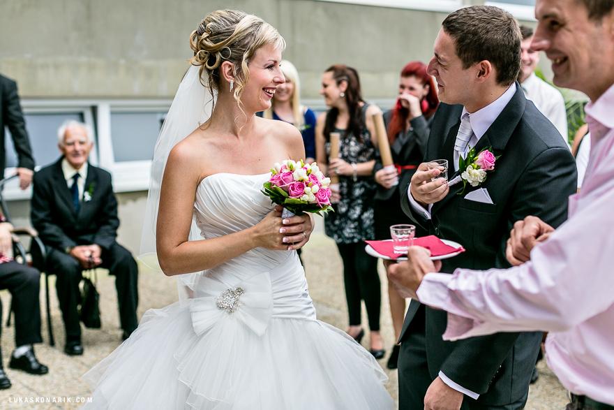 svatební fotografie novomanželů v Brně