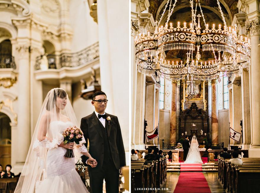 svatební obřad v kostele svatého Mikuláše v Praze