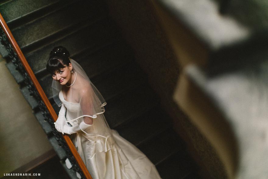 portét nevěsty před svatbou v Praze