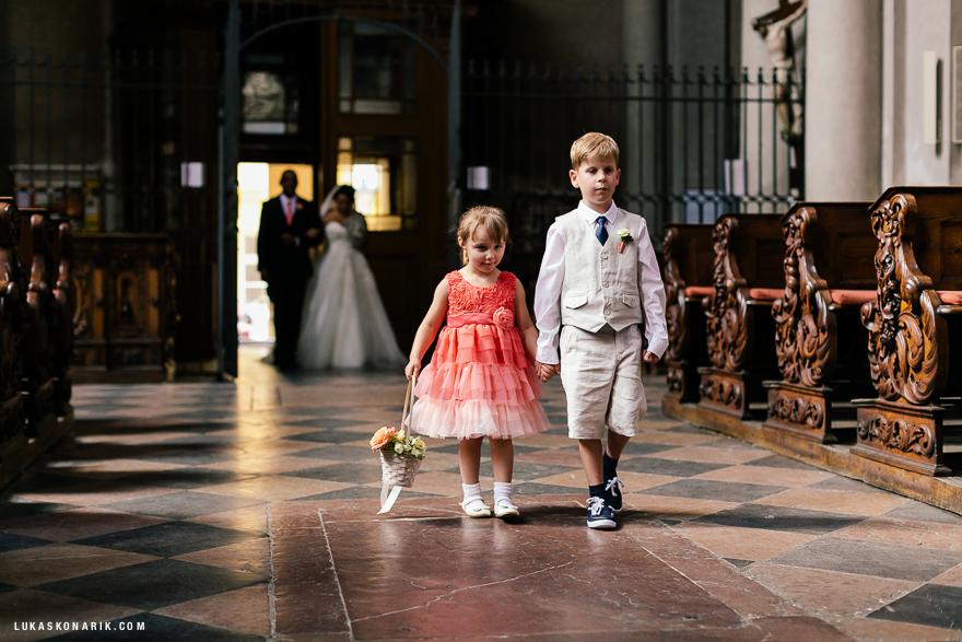 americka-svatba-v-kostelele-sv-jilji-011
