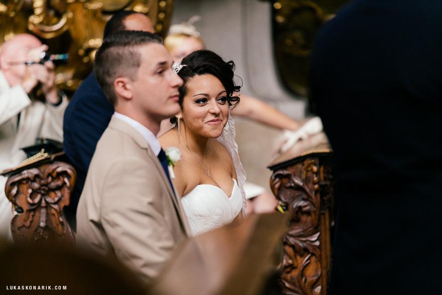 americka-svatba-v-kostelele-sv-jilji-015