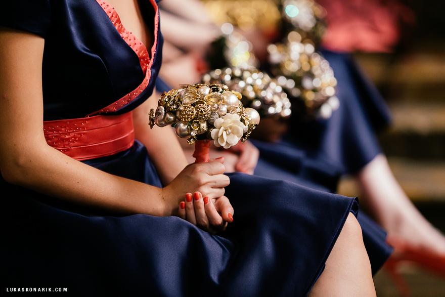 americka-svatba-v-kostelele-sv-jilji-016