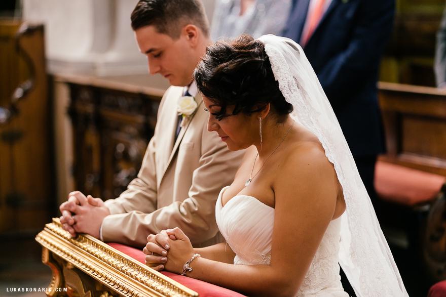 americka-svatba-v-kostelele-sv-jilji-019