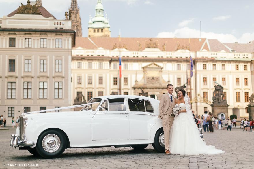 americka-svatba-v-kostelele-sv-jilji-028