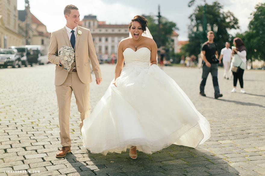 americka-svatba-v-kostelele-sv-jilji-029
