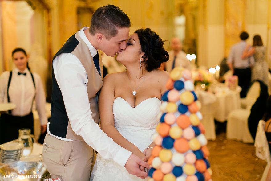 americka-svatba-v-kostelele-sv-jilji-040