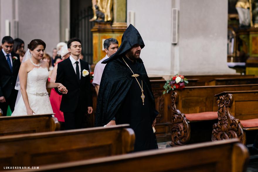 pravoslavný svatební obřad v kostele sv. Jiljí v Praze