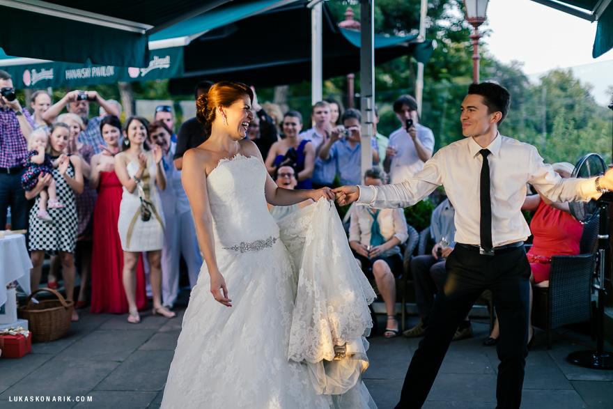 svatební oslava v Hanavském pavilonu