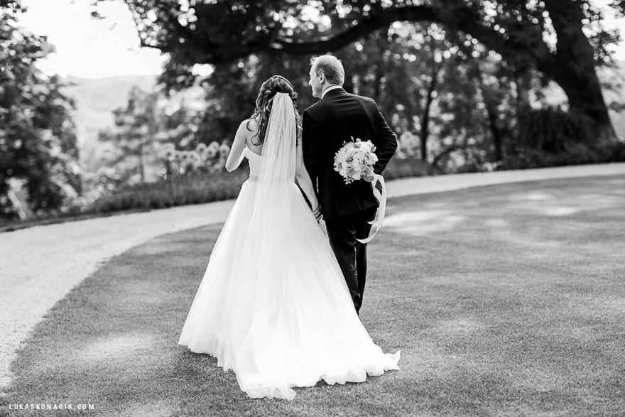 nejlepší svatební fotografie na zámku Mcely