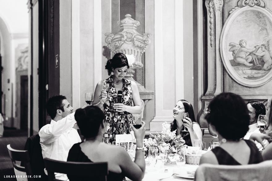 francouzska-elegantni-svatba-30